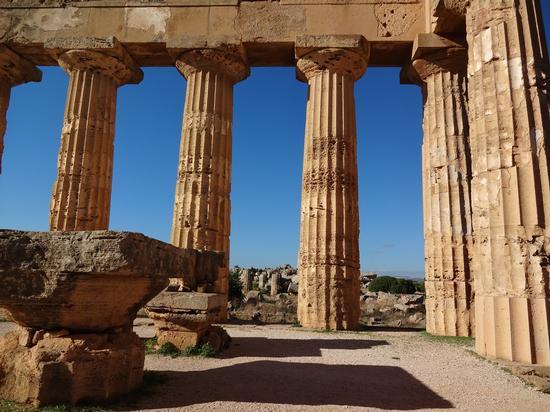 Tempio di Hera - Marinella di selinunte (1741 clic)