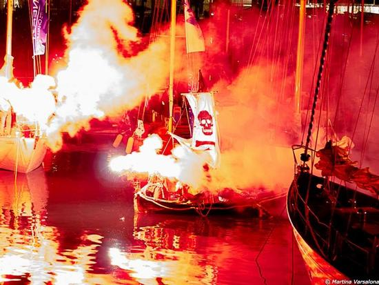 Lo sbarco dei pirati - Imperia (973 clic)