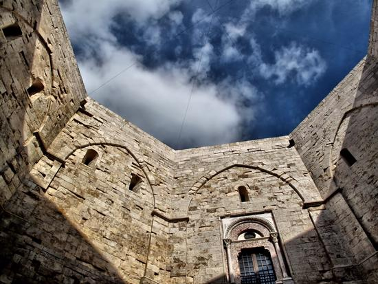 Federico's Castle - Castel del monte (5649 clic)