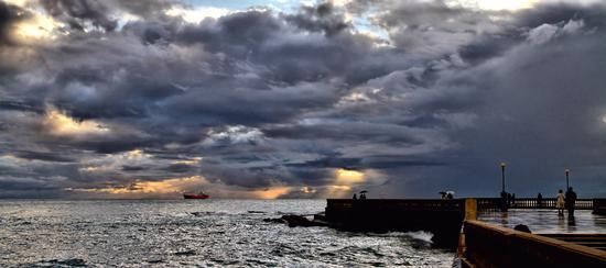Passeggiata dopo la tempesta; - Livorno (792 clic)