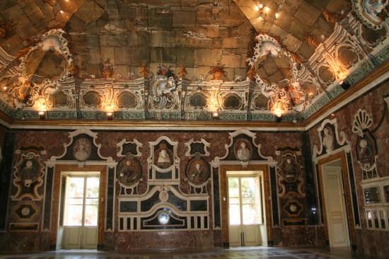 Villa Palagonia,  detta anche villa dei Mostri - Bagheria (5243 clic)