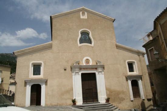 La splendida chiesa di Santa Maria Assunta a Civita ( sec .XVI - XVII - CIVITA - inserita il 05-Jul-07