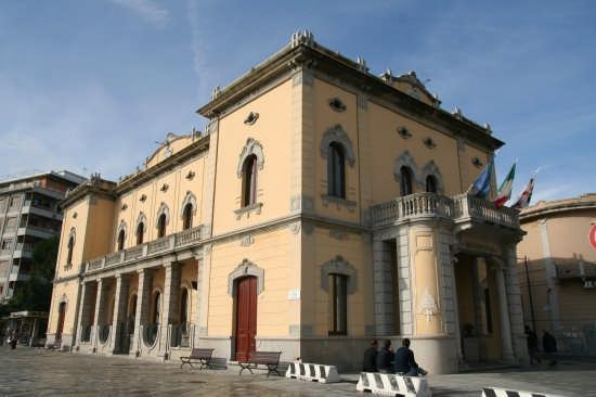 Palazzo di Città - Olbia (6038 clic)