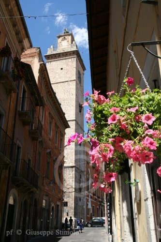 L'Aquila - Scorcio di una viuzza nel centro storico (5237 clic)