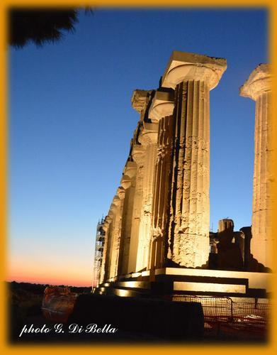 Il parco archeologico di Selinunte al Tramonto.!!!! (594 clic)