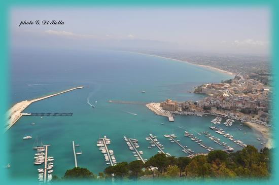 La splendida costa di  - Castellammare del golfo (788 clic)