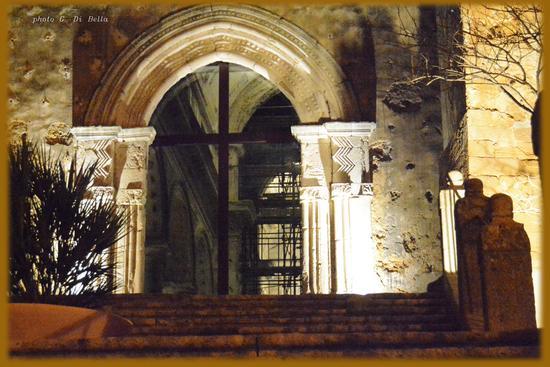 il portale della Chiesa Madre - Sambuca di sicilia (643 clic)