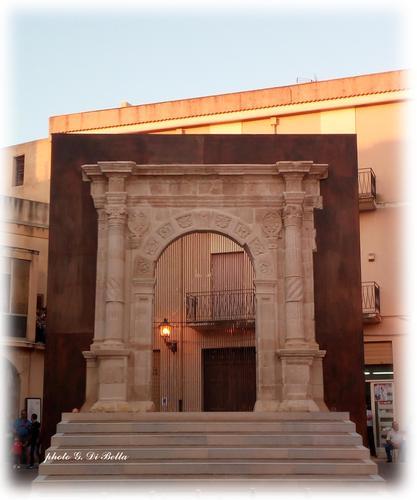 iL PORTALE RITROVATO - Sambuca di sicilia (293 clic)