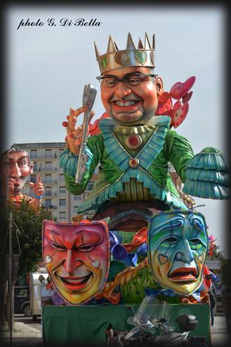 Il  Peppe Nappa maschera tipica di Sciacca. (981 clic)