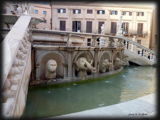 la fontana di Piazza Pretoria  - Palermo (415 clic)