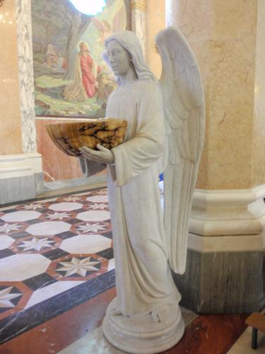 Interno Santuario Madonna del Tindari (1464 clic)