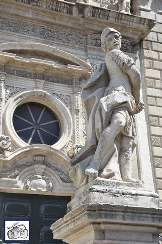 particolare basilica di San Sebastiano  - Acireale (105 clic)