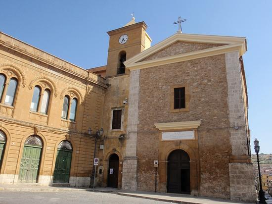 Chiesa Santa Maria di Gesù   - Pietraperzia (860 clic)