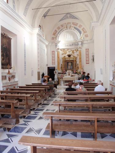 interno Santuario della Madonna della Cava    - Pietraperzia (834 clic)