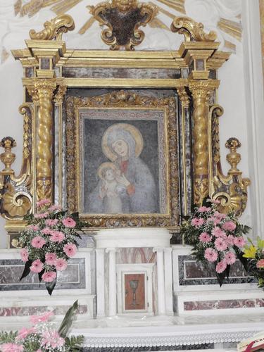 altare interno Santuario della Madonna della Cava    - Pietraperzia (969 clic)