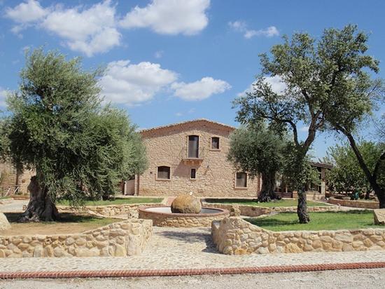 Casale lo Sperone     - Leonforte (1202 clic)