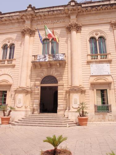 Palazzo del Municipio - Scicli (2219 clic)