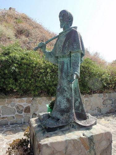 il pellegrino verso il santuario    - Capo d'orlando (131 clic)