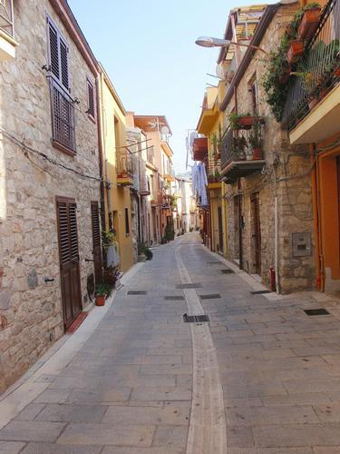 Strada cittadina  - Scillato (890 clic)
