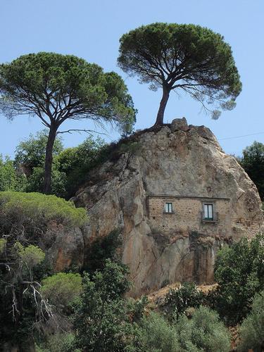 la casa nella roccia  - Nicosia (178 clic)