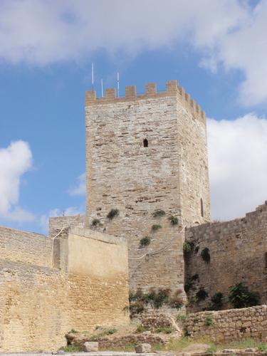 Torre Pisana - Castello di Lombardia    - Enna (1208 clic)