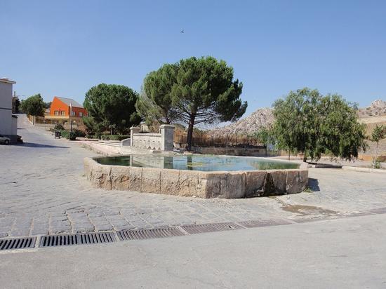 abbeveratoio  - Pietraperzia (204 clic)