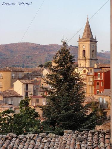 campanile - Novara di sicilia (279 clic)