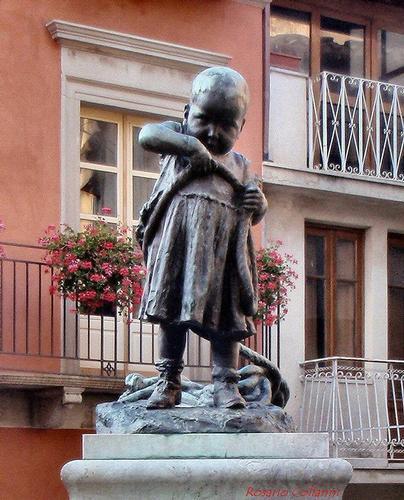 dedicato all'infanzia - Novara di sicilia (241 clic)
