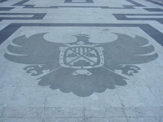 Piazza Duomo - Vittorio Emanuele III   - Castroreale (80 clic)