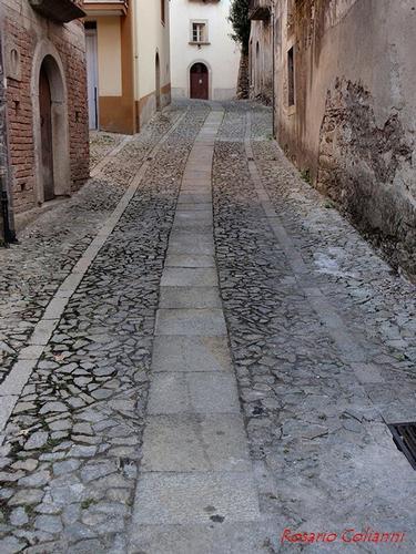 strada cittadina - Novara di sicilia (422 clic)