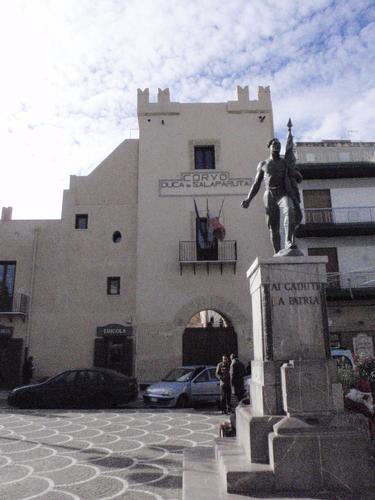Piazza       - Casteldaccia (1048 clic)