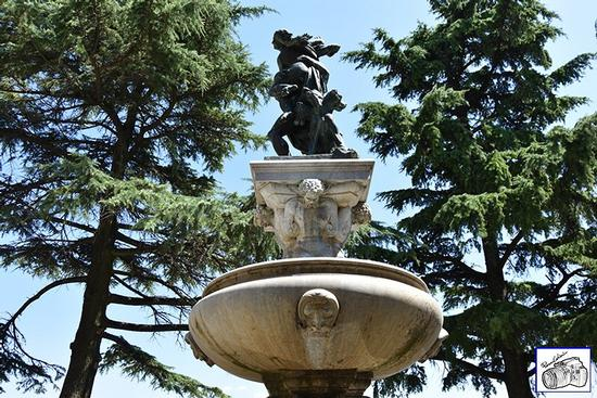 Enna - fontana Belvedere (180 clic)