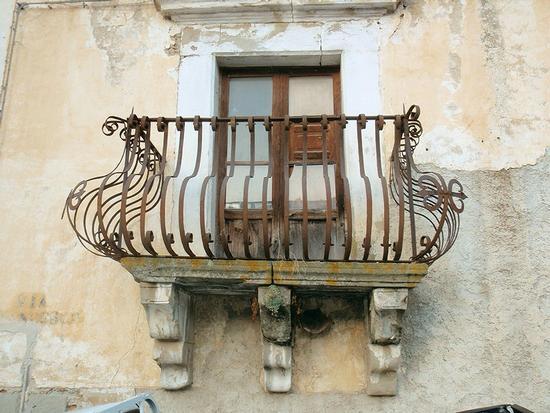 Balcone  - Sant'angelo di brolo (124 clic)