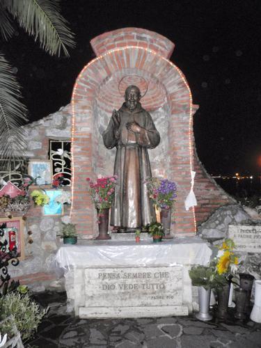 dedicato a Padre Pio  - Milazzo (1279 clic)