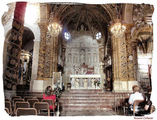 Basilica di San Leone - interno  - Assoro (286 clic)