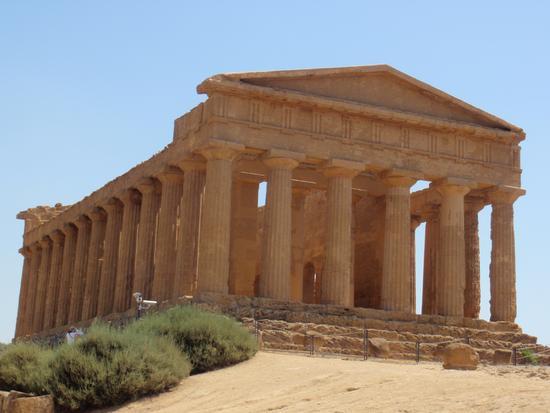 Valle dei Templi - Tempio della Concordia - Agrigento (3656 clic)