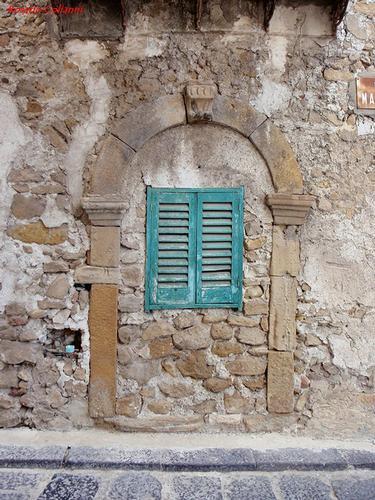 finestra  - Butera (311 clic)