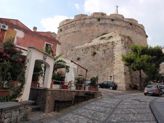 Il Castello  - Milazzo (1487 clic)