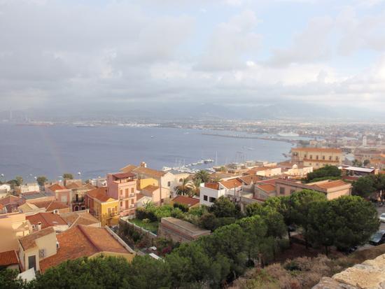 Panorama di Milazzo dal Castello  (1648 clic)