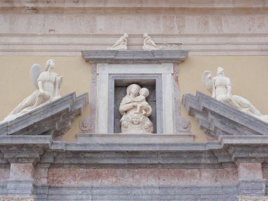 Particolare posto sopra il portale del Duomo vecchio - Milazzo (1169 clic)