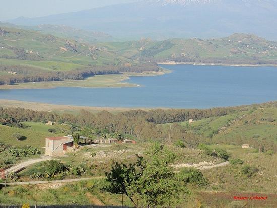 Agira - diga Pozzillo    (123 clic)