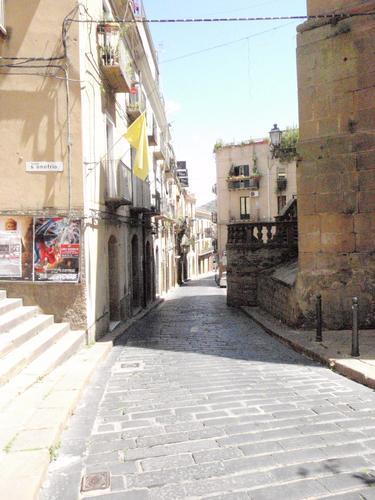 Strada centro storico - Piazza armerina (789 clic)