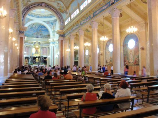 Interno Santuario Madonna del Tindari (1268 clic)