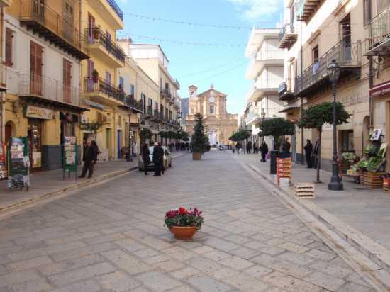 Corso Umberto  - Bagheria (6906 clic)