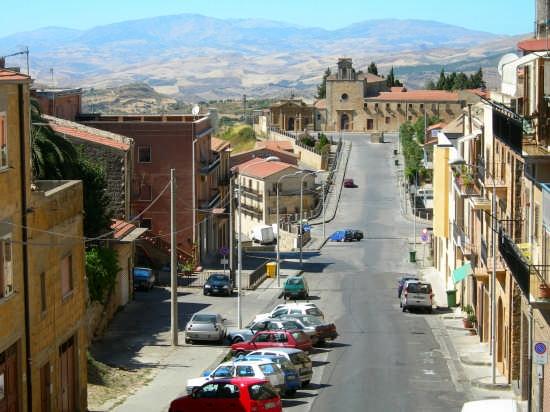 Via Giudea  - Calascibetta (6355 clic)