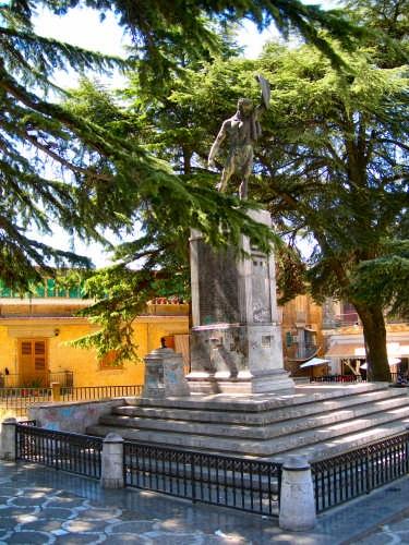 Monumento ai Caduti e al  Milite ignoto - Calascibetta (4326 clic)