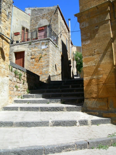 scalinata - Calascibetta (3153 clic)