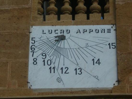 Orologio solare  - Casteldaccia (3692 clic)