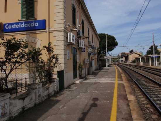 Stazione di Casteldaccia  (4640 clic)
