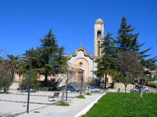 Chiesa del S.S. Crocifisso - Pergusa (4492 clic)